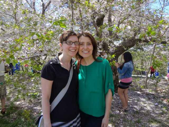 Monnie and KT: Enjoying the High Park Cherry Blossoms