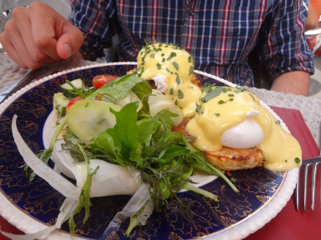 Farmhouse tavern eggs benny toronto brunch